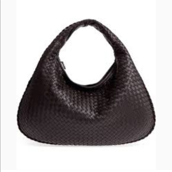 2cee89847b7 Bottega Veneta Bags   Weekend Sale Large Intrecciato   Poshmark